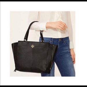 Tory Burch Tote & wallet